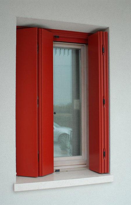 Scuri rr serramenti rovigo infissi e porte alluminio legno pvc - Finestre a soffietto ...